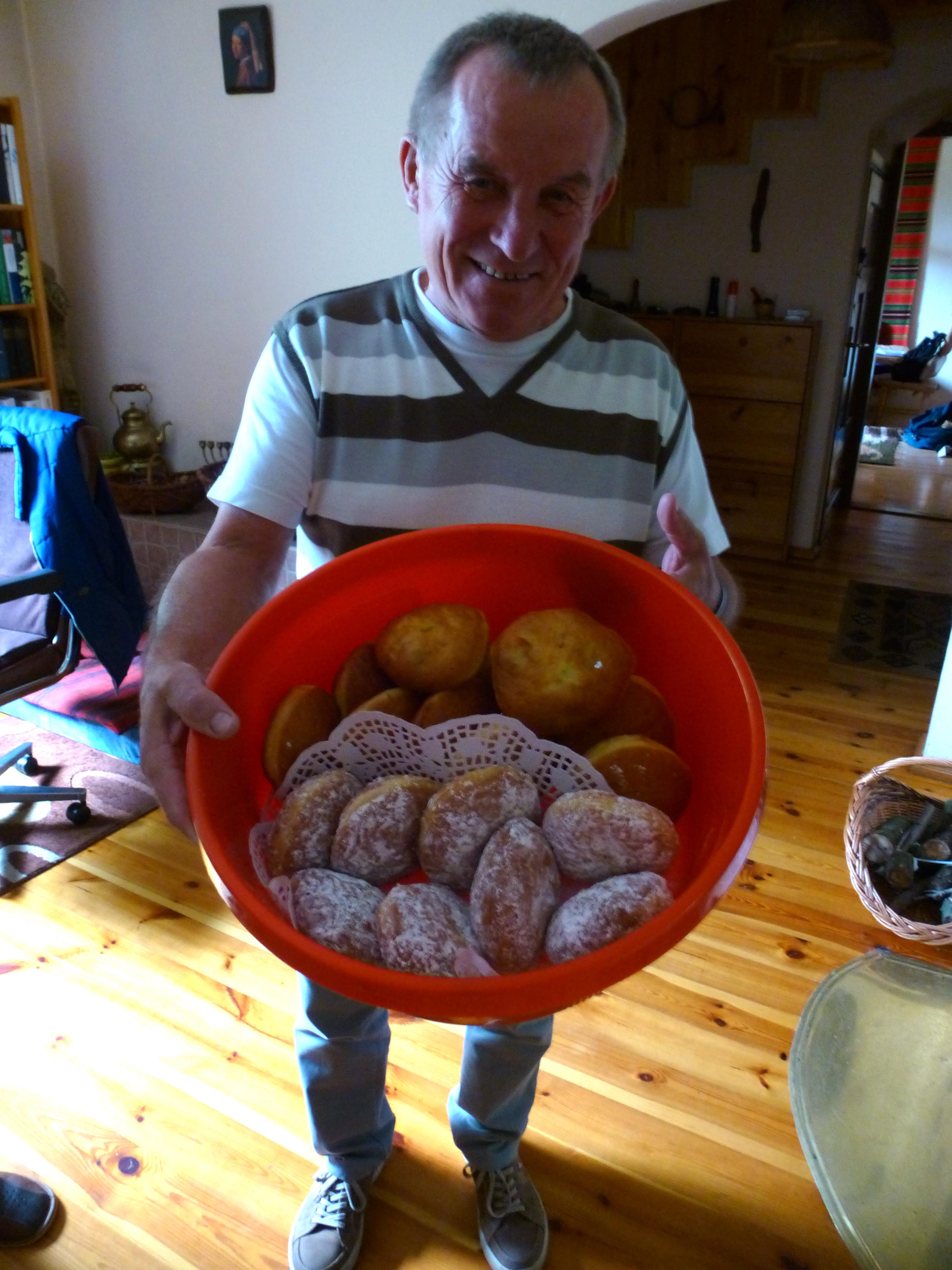 Donut bringer Stefan