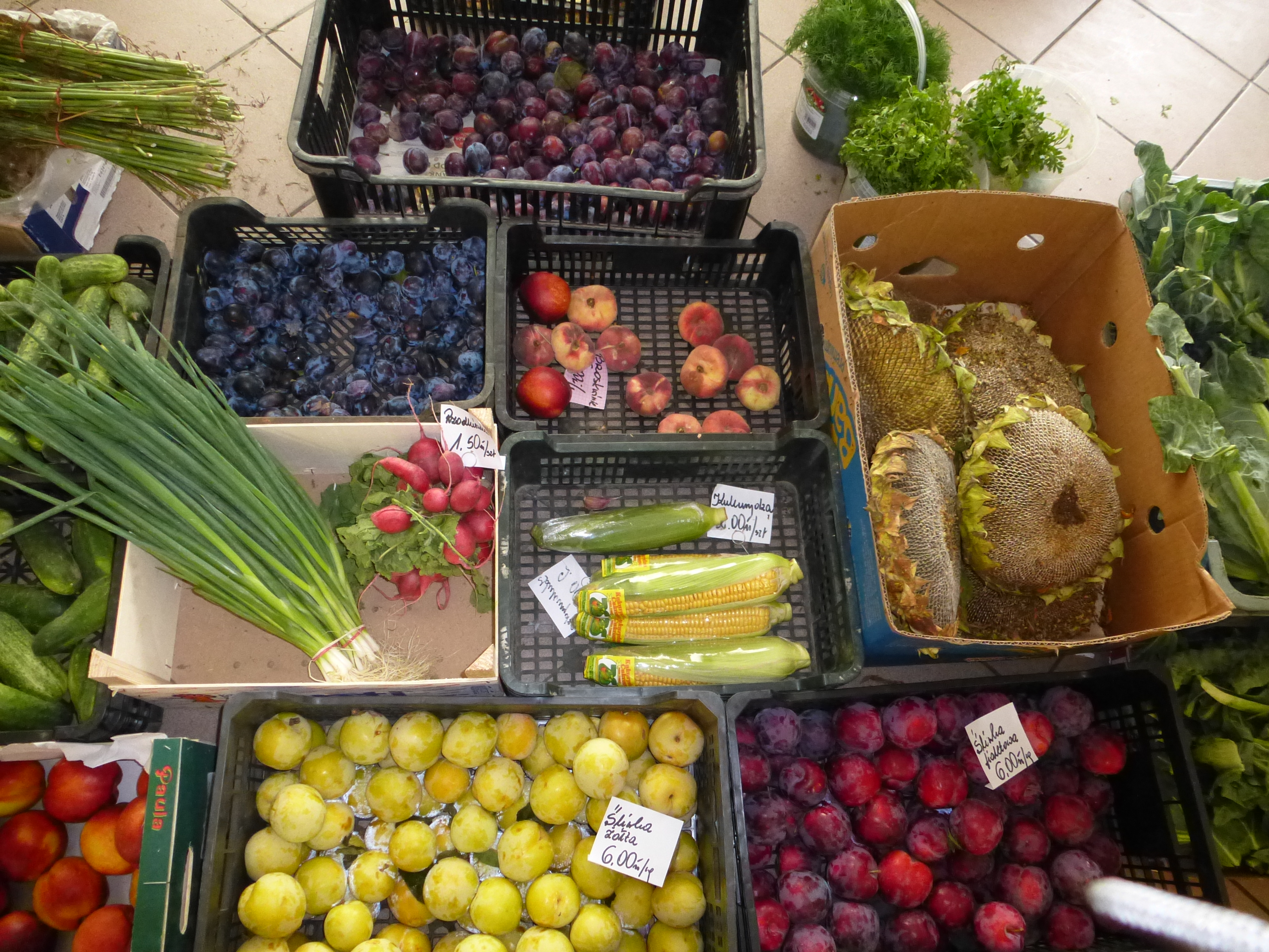 Friuit and veg in local mkt
